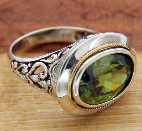 Solid Sterling Silver & Gold Accent Peridot Bali Ring Size 6 » R313