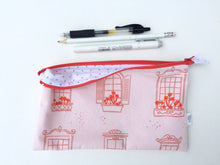Load image into Gallery viewer, pink window box zipper pouch