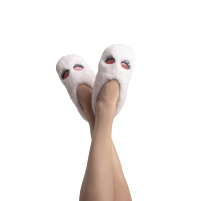 Women's Glam Faux Fur Slipper Socks with Glittery Eyelash Details