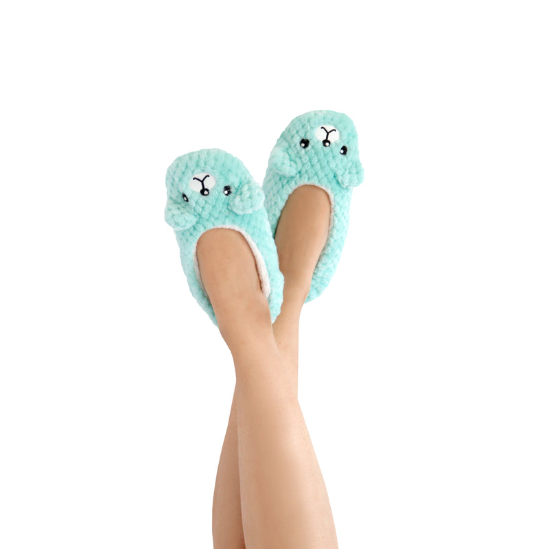 Women's Lightweight Aqua Bear Face Slipper Socks