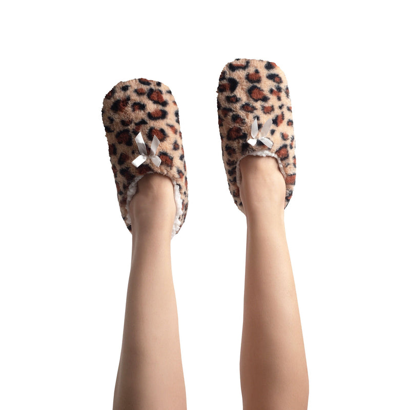 Womens Super Plush Slipper Socks with Leopard Print and Ankle Closure