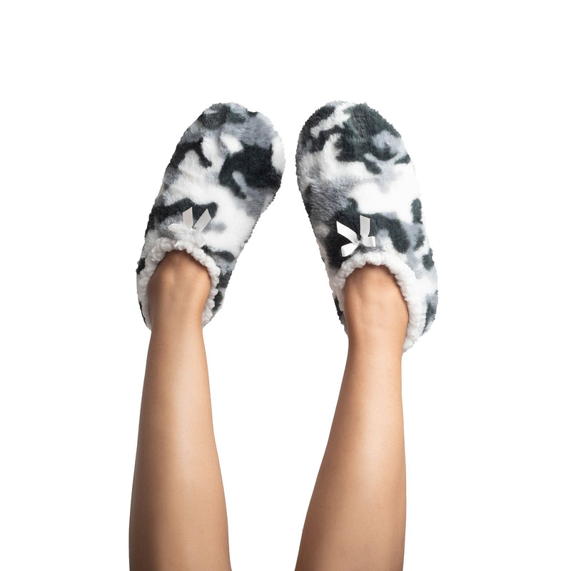 Womens Super Plush Slipper Socks with Gray Camo Print and Ankle Closure
