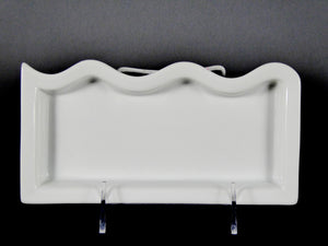 "#14121 BOWL 8"" RECTANGLE ONE SIDE WAVY ( 8 OZ.)"