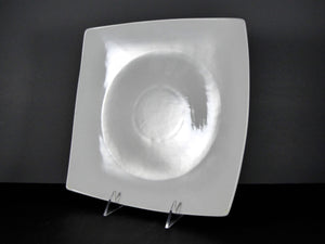 "#14244 PLATE 10.5"" SQUARE CURVED RIM"