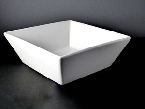 "#15129 BOWL 9.5"" SQUARE (96 OZ.)"