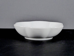 "#15158 BOWL 4.25"" ROUND FLOWER (4 OZ.)"