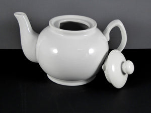 #2468 TEA POT  32 OZ.