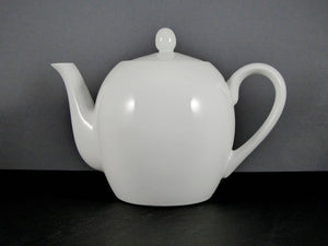#3003 TEA POT  (48 OZ.)