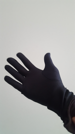GLOSSY GLOVES BLACK