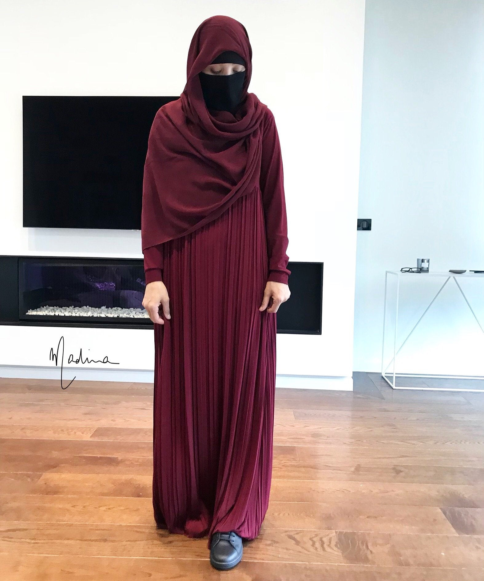 THE ABAYA PLEATED LANA (all colours )