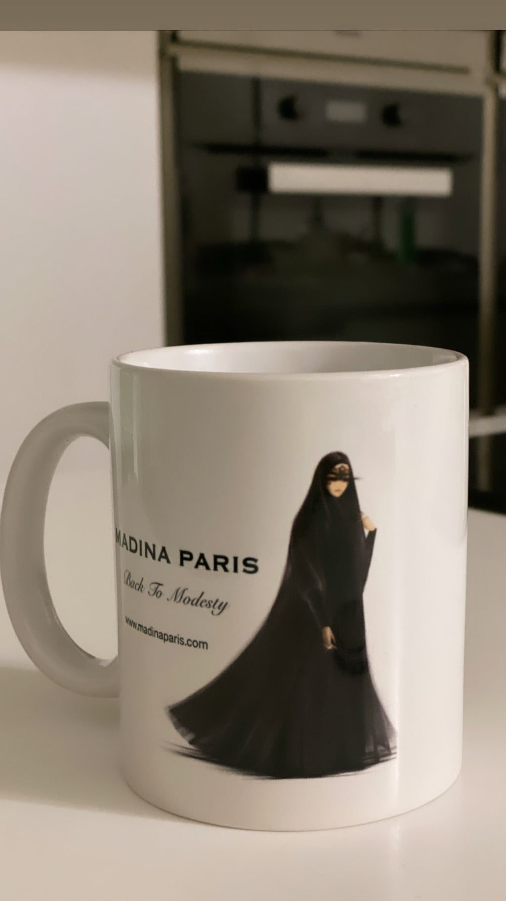 MADINA PARIS MUG ACCESSORIES / PRESENT