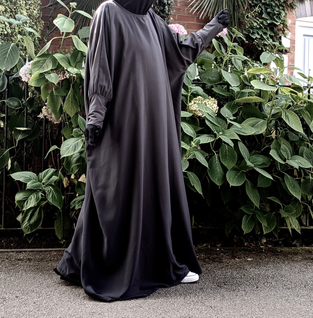 ABAYA BUTTERFLY AMANA BASIC BLACK