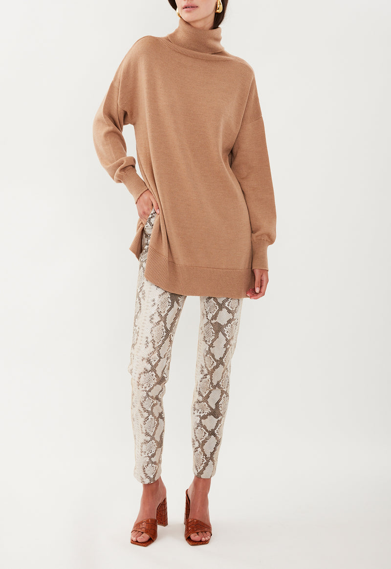 WOOL  ROLL NECK CAMEL
