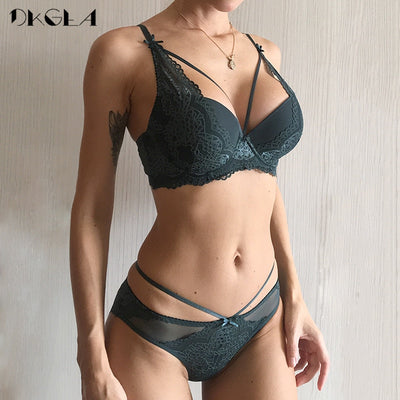 New Green Underwear Set Women Bra Push Up Brassiere Cotton Thick Black Gather Sexy Bra Panties Sets Embroidery Lace Lingerie Set