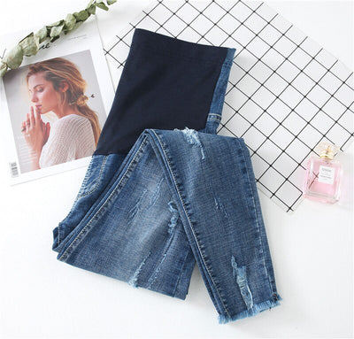 0225# 9/10 Length Ripped Hole Stretch Denim Maternity Jeans Summer Fashion Belly Pencil Trousers for Pregnant Women Pregnancy