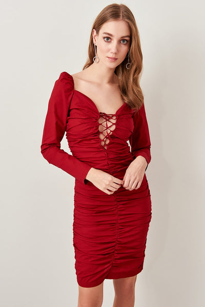 Trendyol Detailed lace ruffles Dress TPRAW19FZ0387 Bordeaux