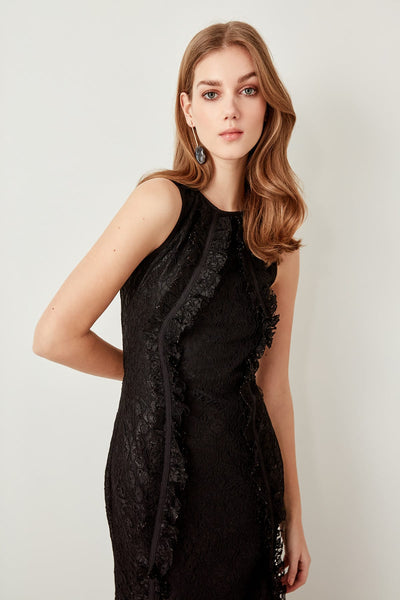 Trendyol Detail Black Ruffle Lace Dress TPRAW19FZ0445
