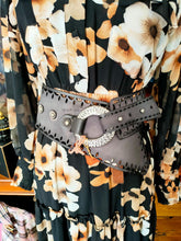 Load image into Gallery viewer, Art N' Vintage - Fox Belt Charcoal Genuine Leather