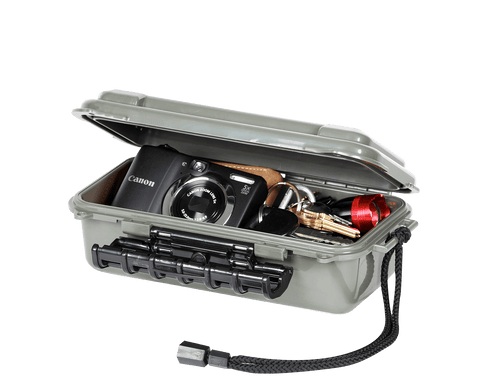 Plano Guide Series™ Hunter Waterproof Case - Medium - 145061