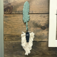 Load image into Gallery viewer, Feather Wall Hook