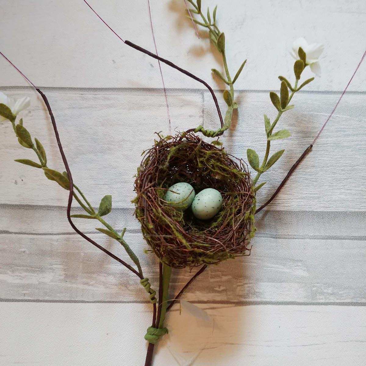 Small Bird's Nest Faux Floral Stem with White Flowers