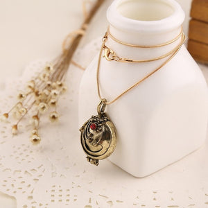 Vervain  Locket - The Lazy Raven