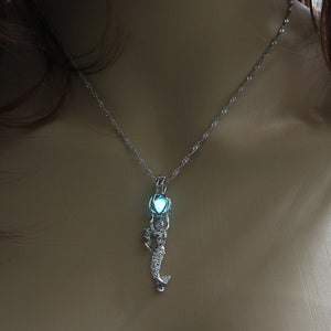 Glowing Mermaid Necklace - The Lazy Raven