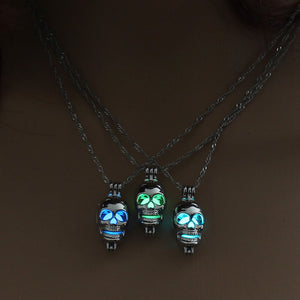 Glowing Skull Necklace - The Lazy Raven