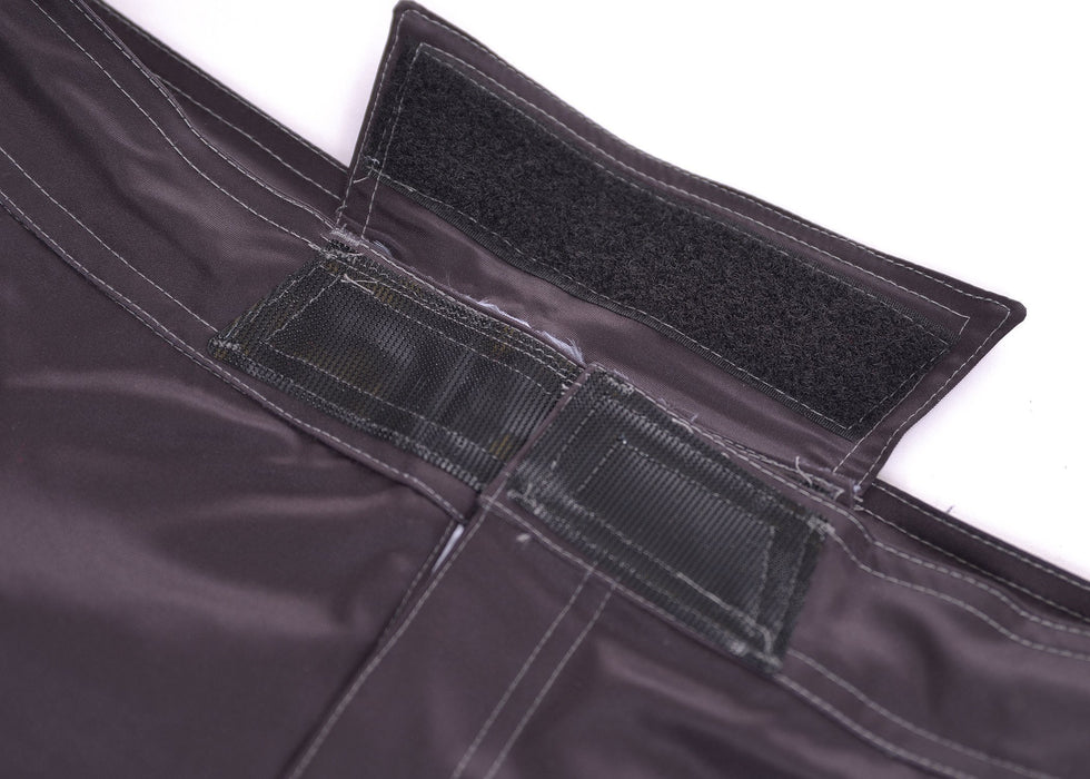Inverted Gear 2019 Shorts Black closure velcro