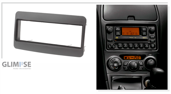 TOYOTA Universal 200mm wide Single din (Black) Trim
