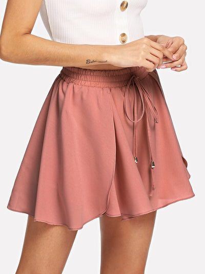 PECIJA Drawstring Waist Tiered Shorts