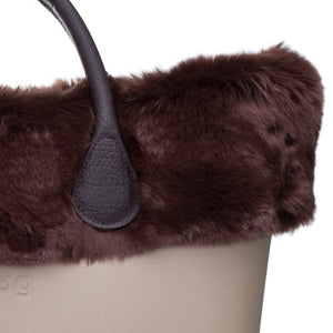 טופ דמוי פרווה לתיק O bag קלאסי צבע חום - FAUX FUR TRIM BROWN