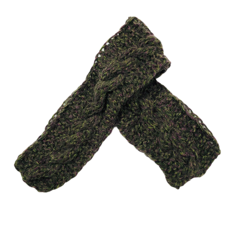 Tundra Cable Knit Scarf Green