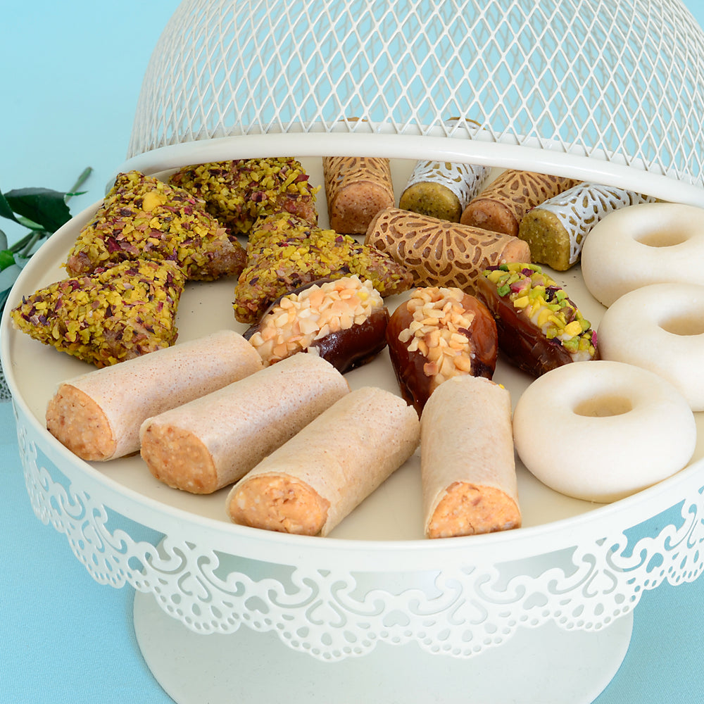 Sharing Tunisian Sweets with The World