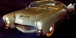 "THE ""GOLDEN SAHARA"" FUTURISTIC CAR"