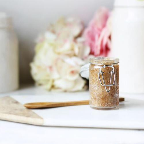 Simple DIY Scrub