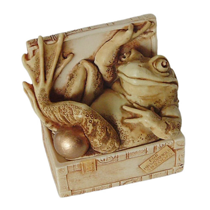 harmony kingdom hemingway frog in cigar box