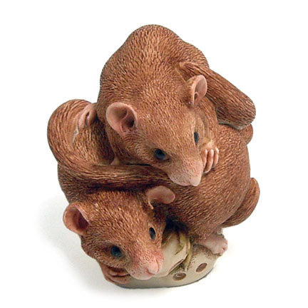 harmony kingdom bed and breakfast dormouse box figurine view above