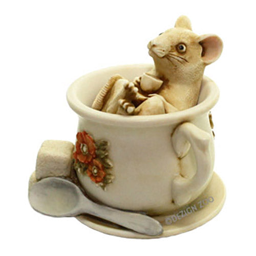 harmony kingdom belle helene mouse in tea cup alt view