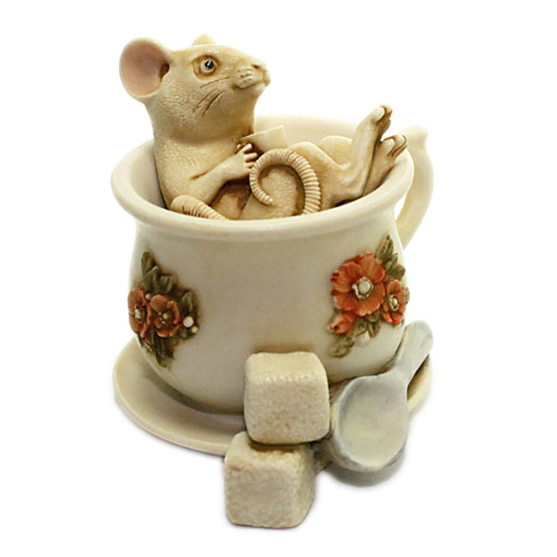 harmony kingdom belle helene mouse in tea cup