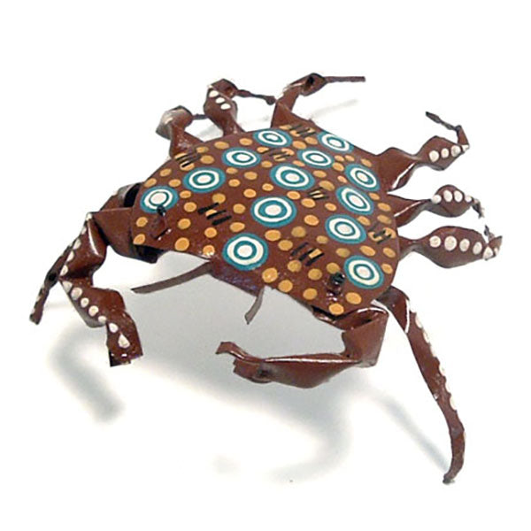 recycled tin can crab figurine front view