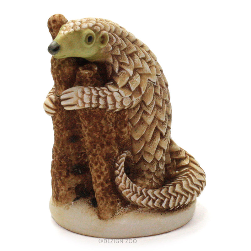 king of the hill pangolin treasure jest left front view