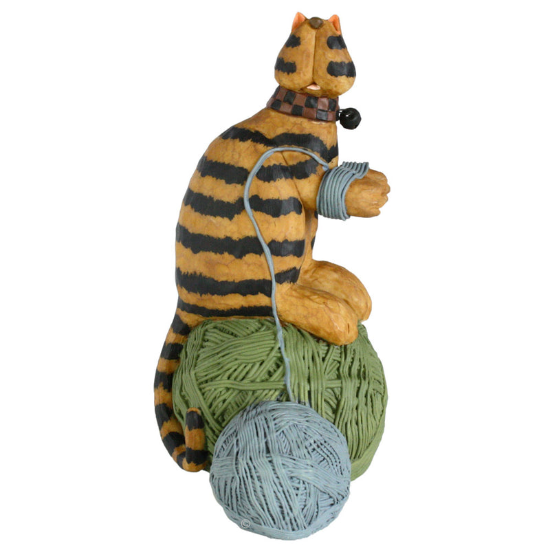 williraye studio spinning yarns cat figurine