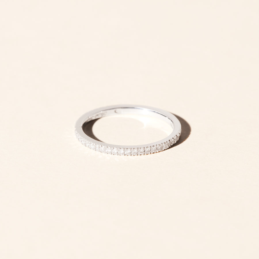 Alliance en diamants Lierre 1.6 mm- Or blanc 18 cts