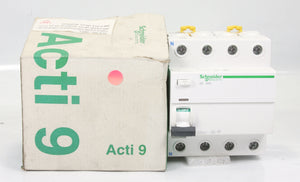 *New* Schneider Electric Rccb EE-2012-W14-4-1 IlD 4 Pole 40A