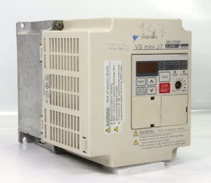 Yaskawa Adjustable Frequency Ac Drive CIMR-J7AC42P2 VS mini J7 3 Pole 5.5A 2.2kW