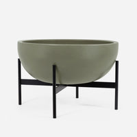 case-study-ceramics®-large-bowl-with-stand