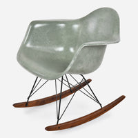 walnut-rocker-black-wire-moss