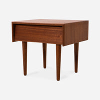 case-study®-furniture-solid-wood-bedside-table-with-drawer