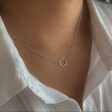 Single Star Silver Necklace